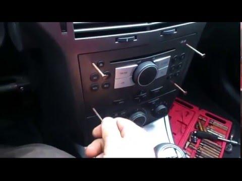 Demontaż Radia Opel Astra III