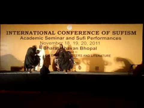Malang group from Pakistan at Sufi conference, Bhopal 2011, Part 1 .MPG
