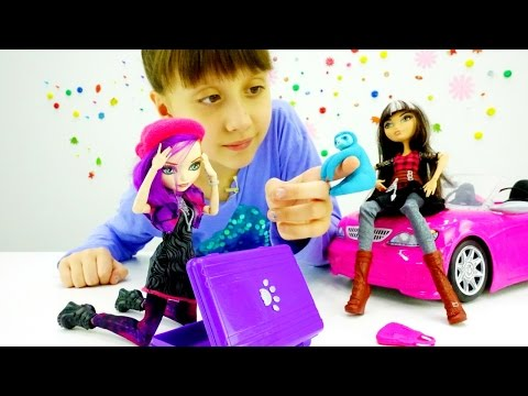#МонстерХай: Кукла Евер Афтер Хай перепутала чемодан. Видео про детские игрушки и игры для девочек
