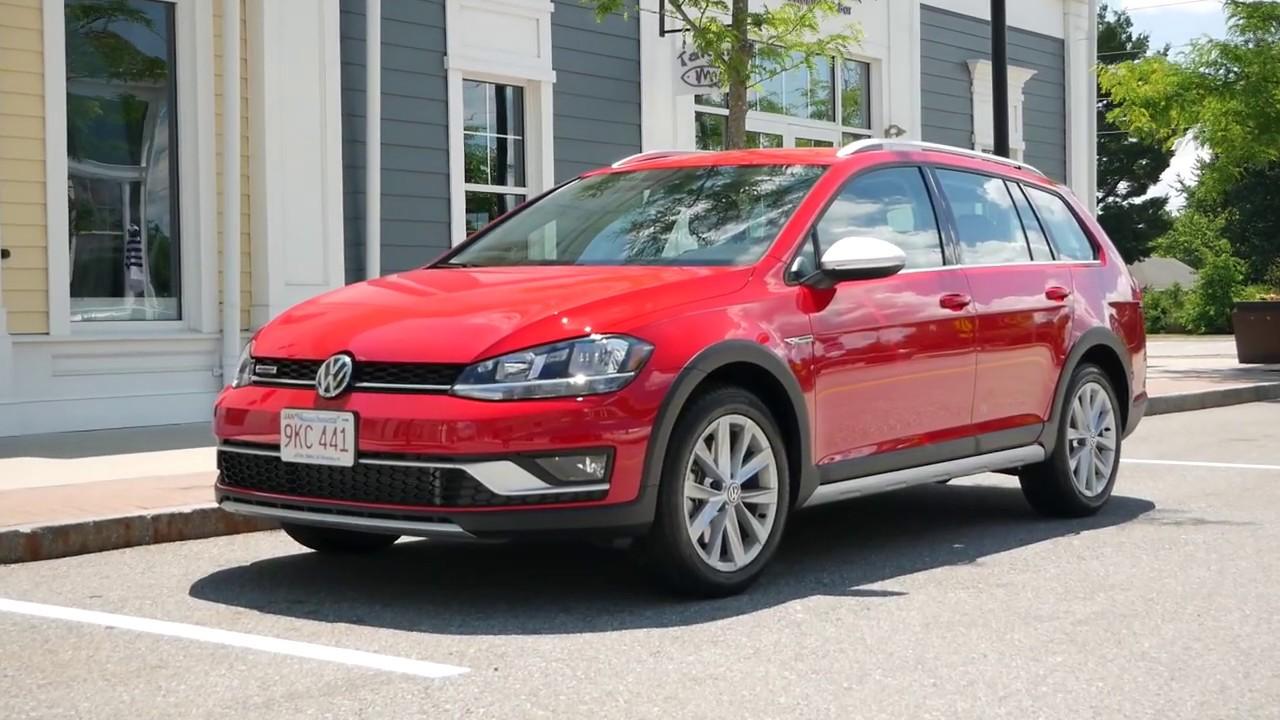 2019 Volkswagen Golf Alltrack S Review - Start Up, Revs, Test Drive, and Walk Around