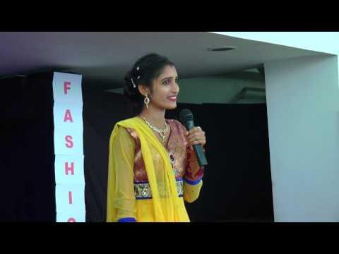 ਚਰਖਾ-ਮੇਰਾ-ਰੰਗਲਾ-beautiful-singing-indian-street-telent-girl