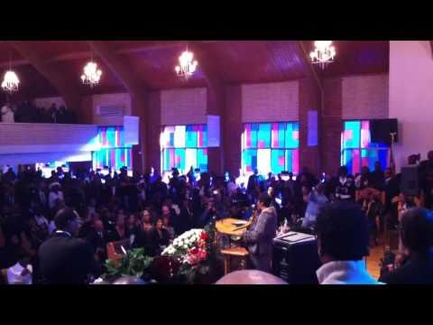 Albertina Walker's Homegoing - Aretha Franklin Sings