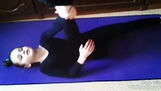Часть 2. Видео-урок. Как сесть на продольный шпагат. За месяц. Читайте описание