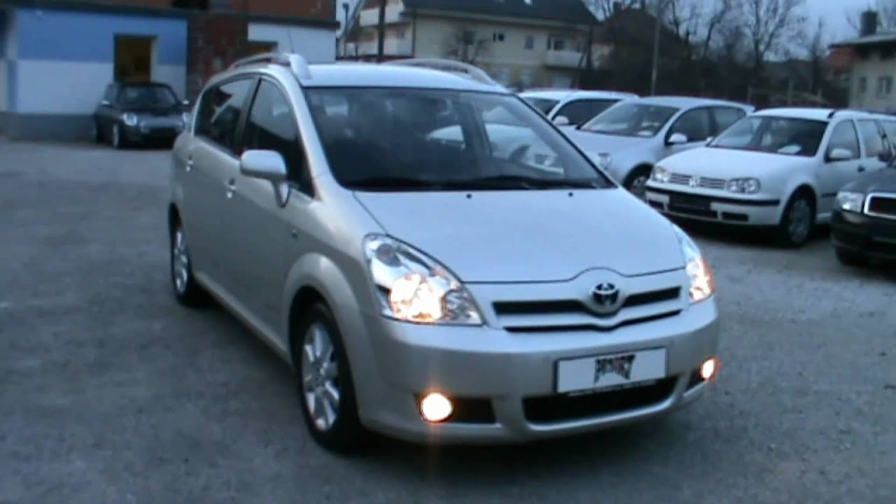 2006 toyota corolla verso 2 2 d 4d full review start up. Black Bedroom Furniture Sets. Home Design Ideas