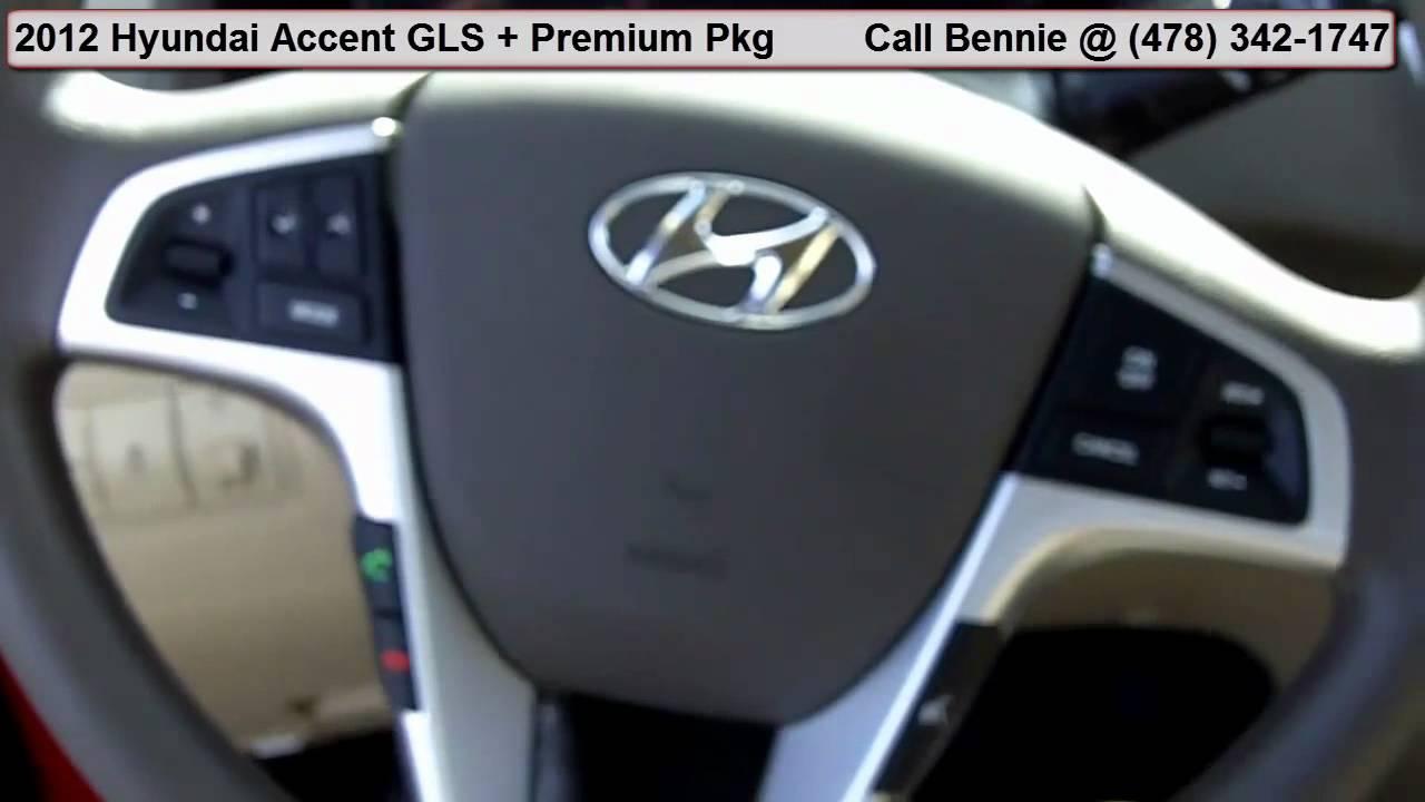 Driveru0027s Seat   2012 Hyundai Accent W/ Premium Package | Macon U0026 Warner  Robins Georgia
