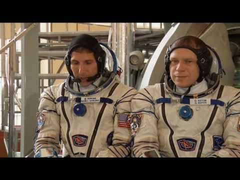 New Station Trio Begins Qualification Exams for Soyuz Launch