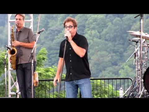 Heart of Rock and Roll - Huey Lewis and the News 2012
