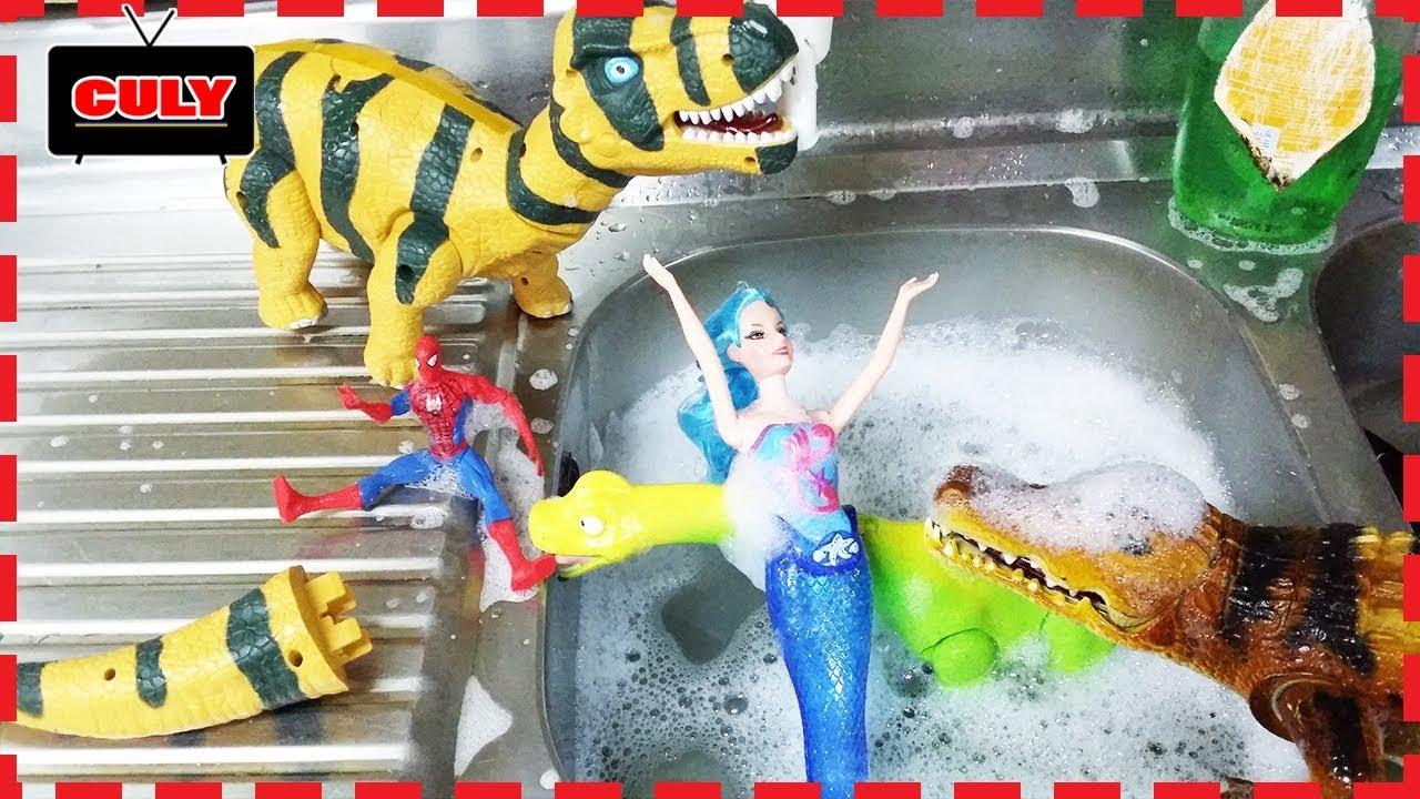 Cá sấu quậy phá nàng tiên cá đi tắm cùng người nhện khủng long xanh dinosaur toy for kids đồ chơi