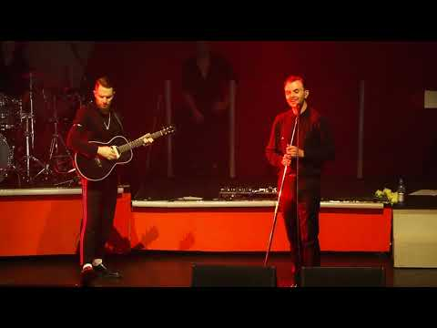 Hurts - Somebody To Die For(Live in...