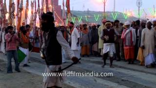 Gatka and sword-play in India or showmanship of another kind?