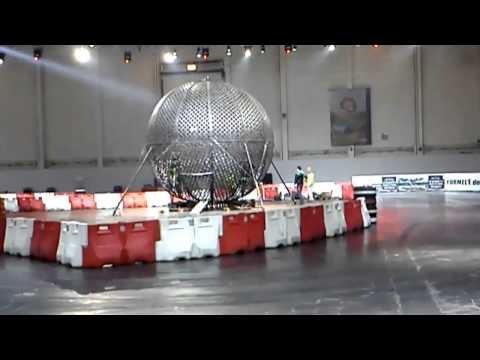 """Essen Motorshow 01-12-2012 Motorsport-Arena XXL """"Globe of Speed"""""""
