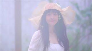 2013年9月4日発売のアルバム『This Is My Love』に収録されている 『for...