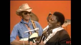 Watch Bb King I Just Cant Leave Your Love Alone video