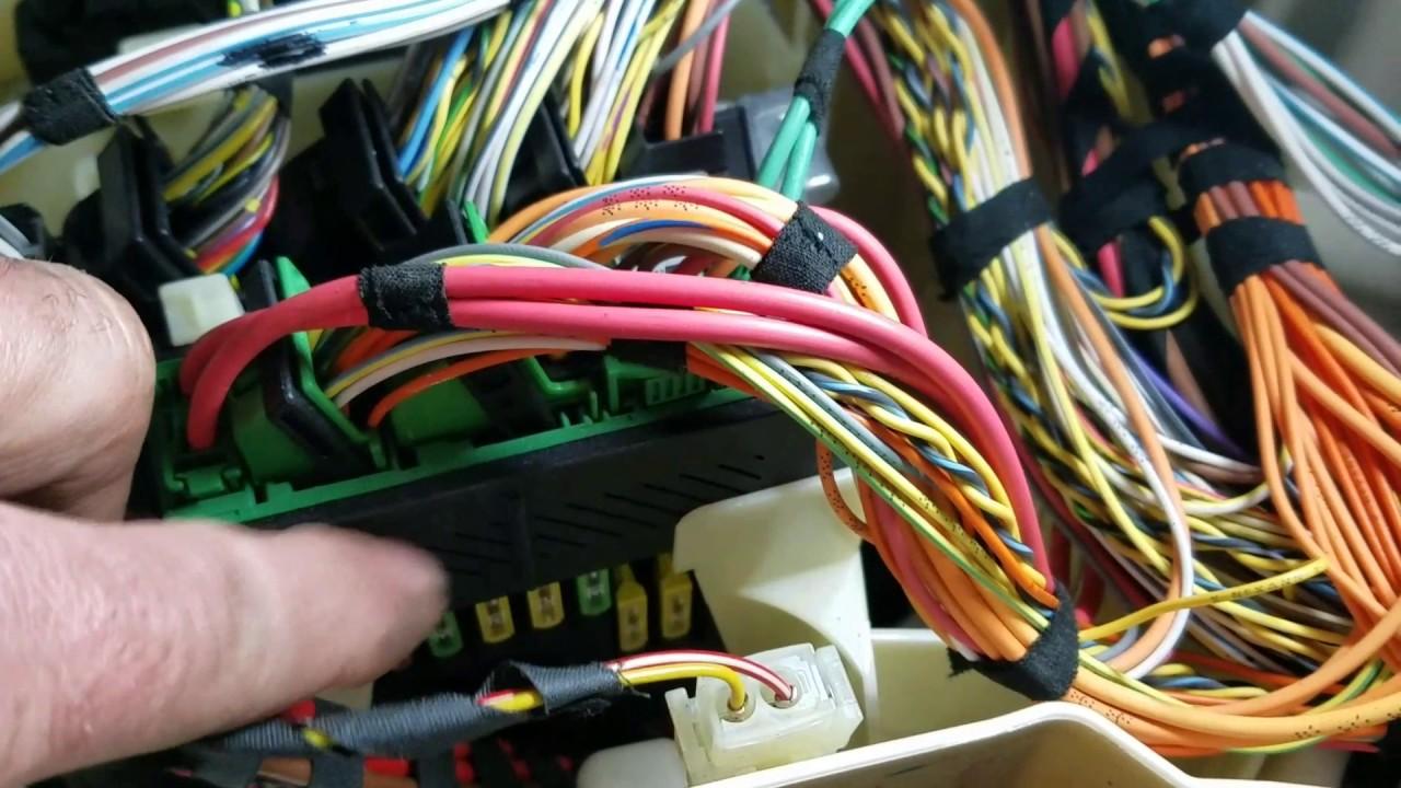 medium resolution of p1057 2a69 vvt supply voltage supply motor electrical bank 1 bmw 750i