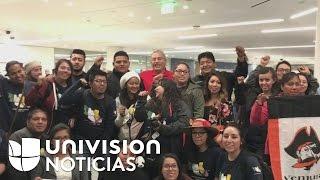 Un grupo de dreamers que viajó a México denuncia racismo en agentes a su regreso a EEUU