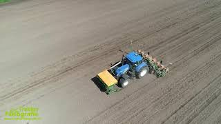 Laatste maïs zaaien van loonbedrijf Oudwoude