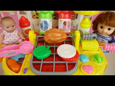 Baby doll and Hamburger cooking shop kitchen play