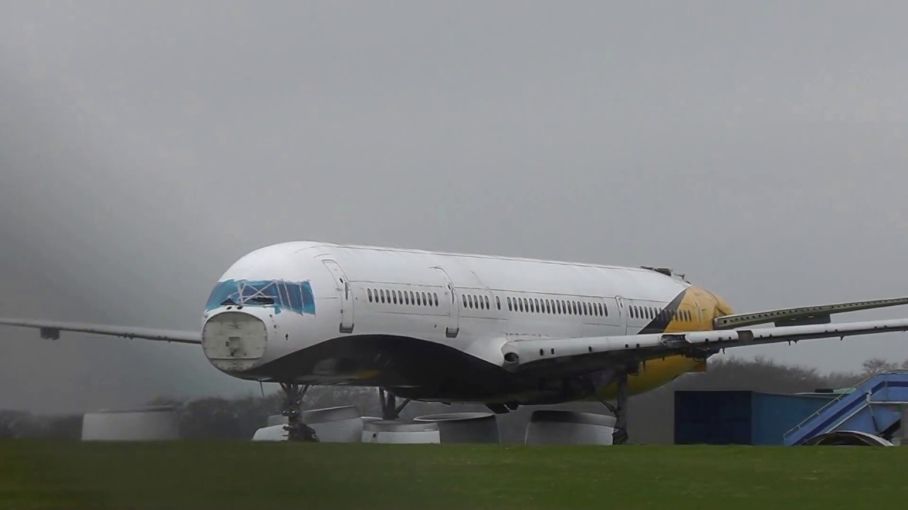 Scrapped Planes at Kemble Cotswold Airport (GBA) 18/03/2017