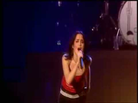 The Corrs - What Can I Do (Live in London 2001)