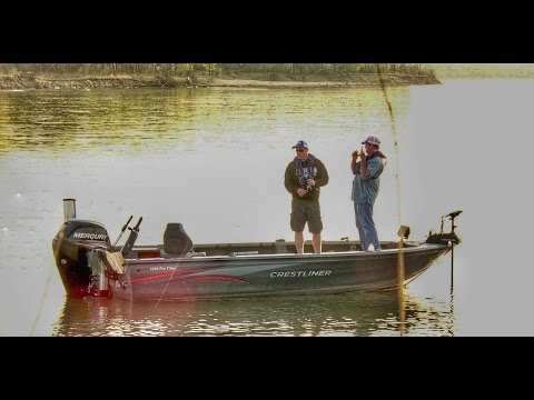 Pitching Jigs for Missouri River Walleye
