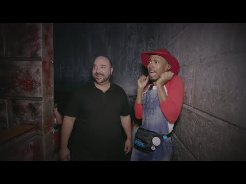 Matt & Kalen Go Through a Haunted House