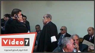 """بالفيديو..وصول فريد الديب لحضور جلسة نظر التحفظ على أموال """"صلاح دياب"""""""