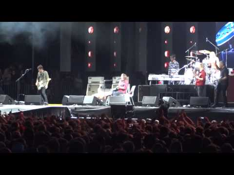 Foo Fighters - Let There Be Rock (AC/DC cover) at Ullevi, Gothenburg 2015-06-12