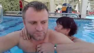 С мамой в бассейне и на море Египет шарм