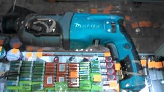 Перфоратор MAKITA HR2470. Купить инструмент(Перфоратор MAKITA HR2470 в хорошем состоянии, работает отлично. Есть царапины и засохшая краска на пластике. Цена:..., 2015-02-27T05:44:42.000Z)