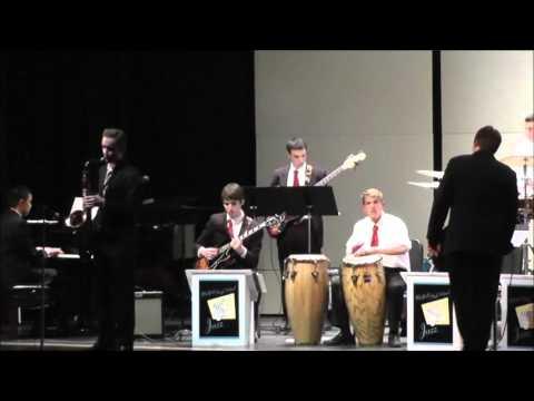 Medfield HS Jazz Band @ Winterfest 2013 - Una Mas