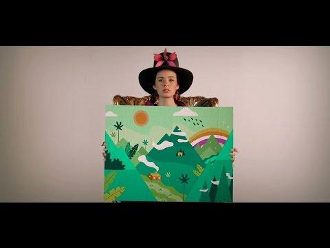 Monsieur Periné - Lloré (Official Music Video)