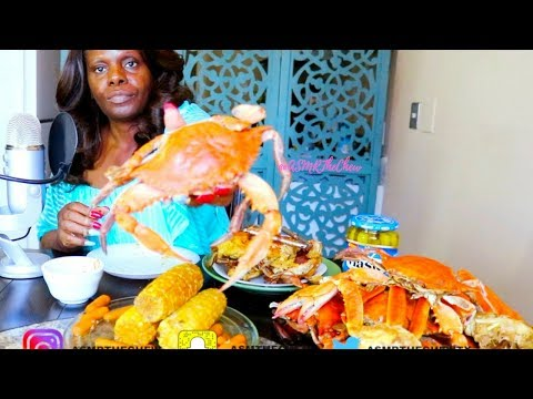Crab Mukbang/Seafood ASMR Eating/ Smacking/Pickles/Snow Crabs/Cob Corn