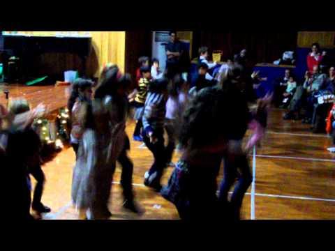 International Dance Bollywood Version -- Amazing