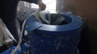 гранулятор для переработки полиэтилена LP в работе(, 2014-11-03T21:51:02.000Z)