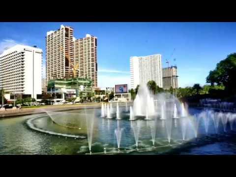 Roxas Boulevard and Manila Bay Awesome