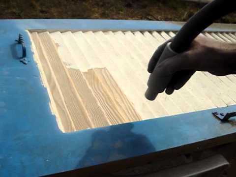 D capage peinture sur volets persiennes youtube - Comment decaper des volets ...
