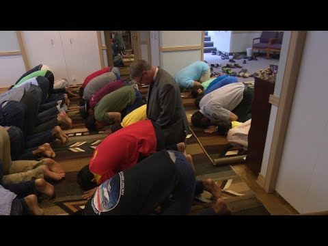 Anglican church offers prayer space to Muslims