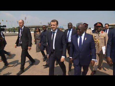 Emmanuel Macron achève sa tournée africaine au Ghana