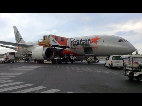Review: Jetstar 787-8 Boeing Dreamliner Experience
