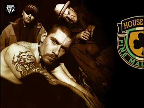 House Of Pain - Jump Around (Subtitulada En Español) HQ