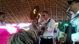 Tuba y Acordeón al Estilo Puerto Peñasco, Sonora
