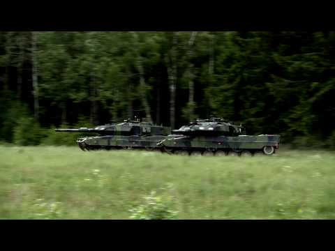 The World's Greatest Main Battle Tank - Stridsvagn 122