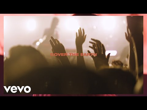 Kari Jobe, Cody Carnes - Cover The Earth (Live w/ Lyrics)