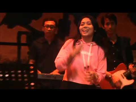 Compilation 4 Song Cut To Cut, Cover Song By Lia Magdalena With Glassymusic, Jogja Indonesia