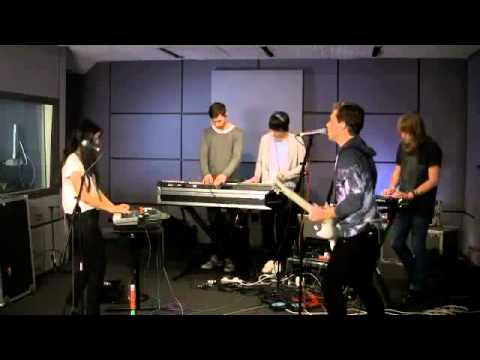 The Naked And Famous - Punching In A Dream (Last.fm Sessions)