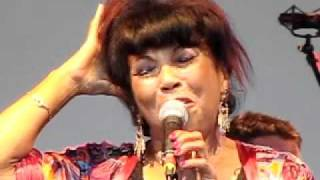 Linda Lewis Glastonbury Festival 2011 part 2