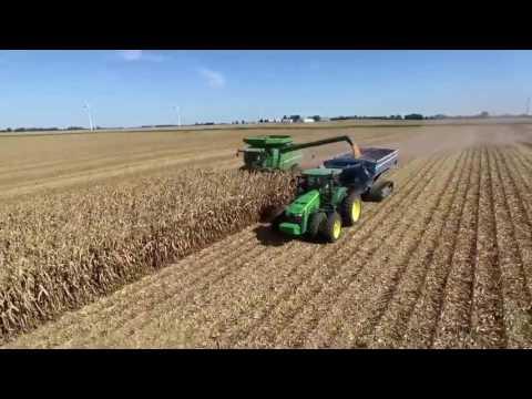 Corn Harvest 2016 - Larson Farms (northern Illinois)