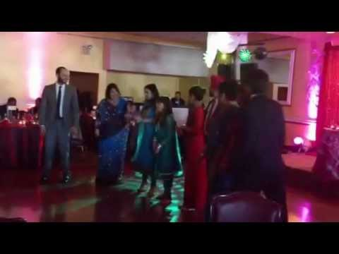 Impromptu Gangnam Style Dance at Wedding w/ Kids
