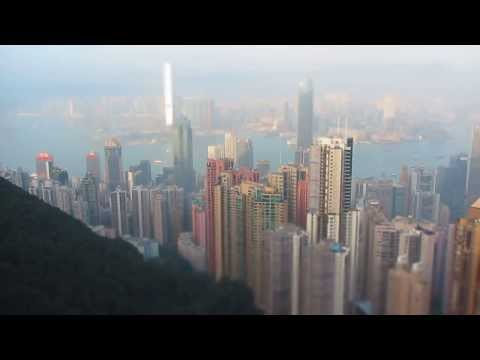 Пик-Виктория-в-Гонконге-(victoria-peak-in-hong-kong)---ускоренная-съемка