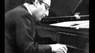 "Friedrich Gulda plays Beethoven ""Les Adieux"""